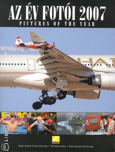 - Az év fotói 2007 - Pictures of the Year